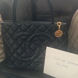 Chanel medallion Caviar tote bag
